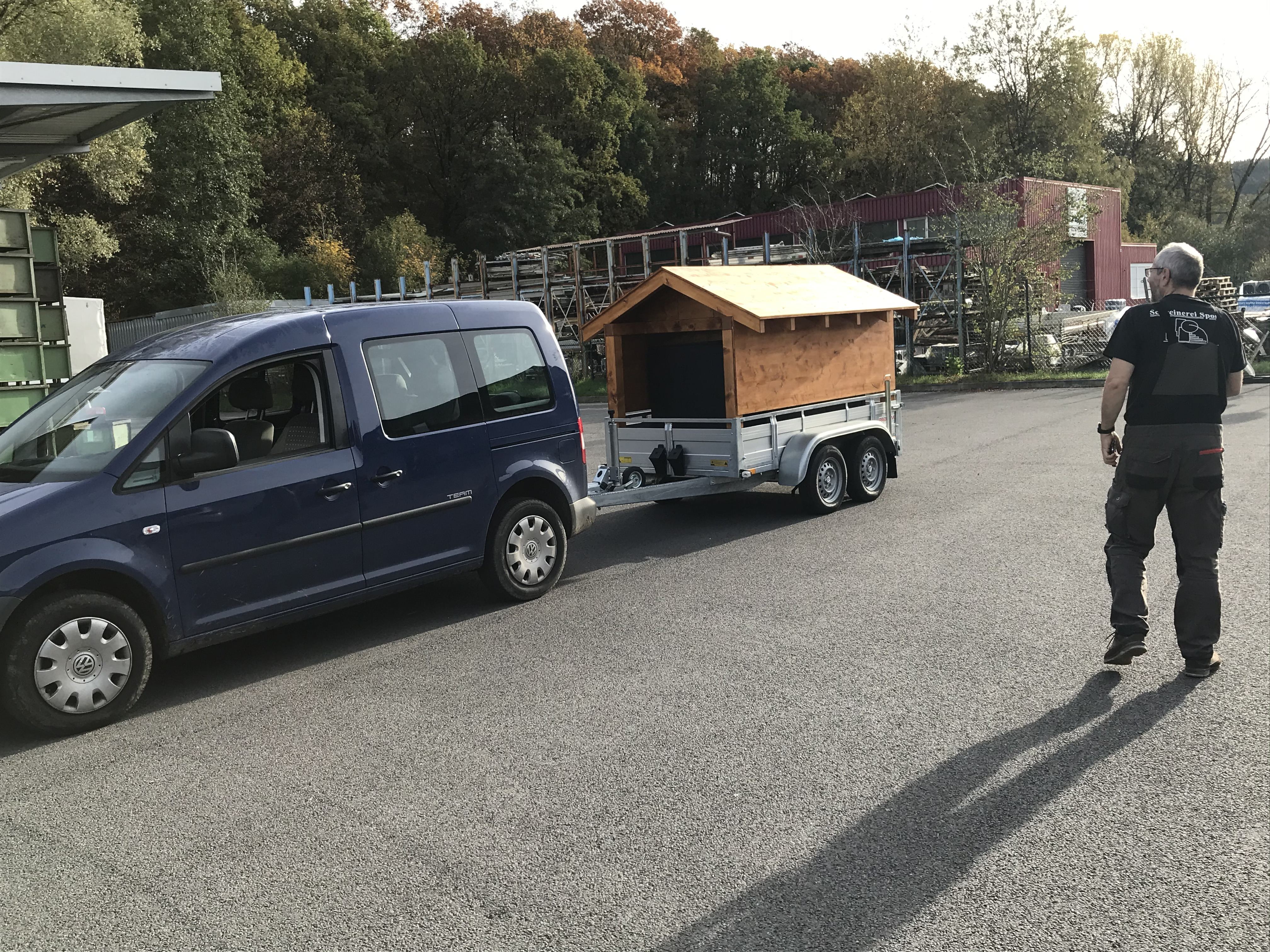 MB: Fahrzeug + MB + Anhänger_6