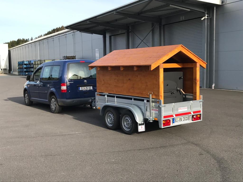 MB: Fahrzeug + MB + Anhänger_7